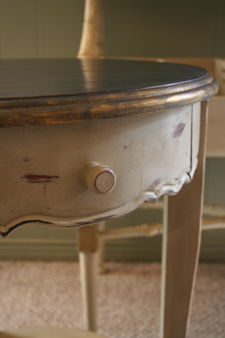 chalk paint end table, country grey and graphite