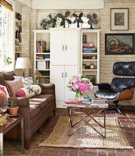 04-CLX-floral-throw-pillows-den-sweet-home-alabama-0411-WELLDouthit013-xln