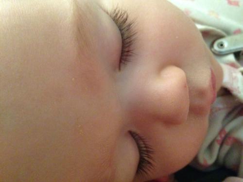 Heidi's eyelashes