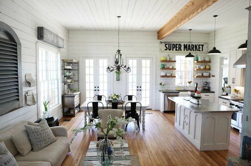 Fixer-Upper-Gaines-Farmhouse-HGTV